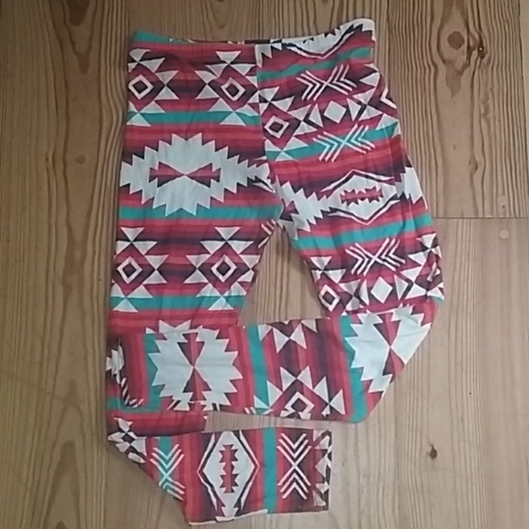 Heart & Hips Pants - Super soft size large gently worn leggings.